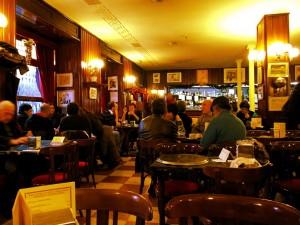 Interior Café Gijón